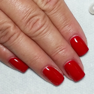 red-gelish-nails-glasgow